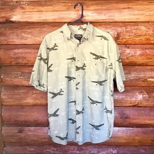 Men's Woolrich aviation print green button down